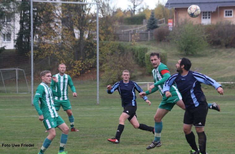 SG SV Grün-Weiß Tanna -  SV 1990 Ebersdorf 5:2 (2:1)