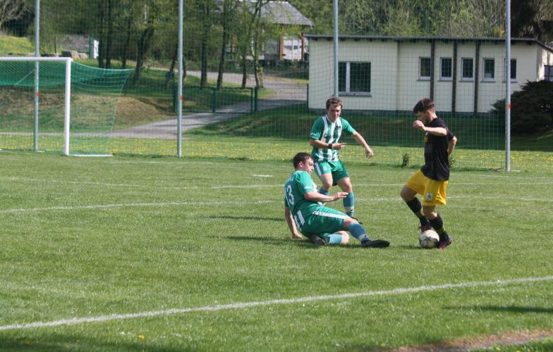 SG SV Grün-Weiß Tanna -  FSV Schleiz II 3:2 (2:0)
